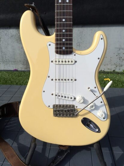 Fender Stratocaster 1972 reissue from 2004 - front zoomed