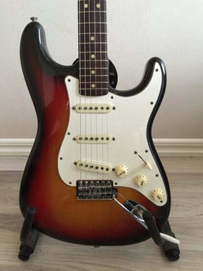 Fender Stratocaster 1974 - front zoomed