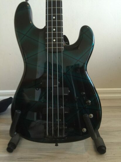 Kids Bass - front zoomed
